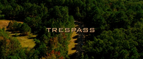 Trespass.2011.720p.BDRiP.XViD.AC3-FLAWL3SS.avi_000035994
